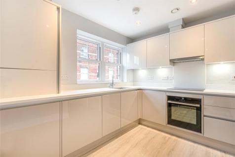 High Road, North Finchley, London, N12. 2 bedroom apartment