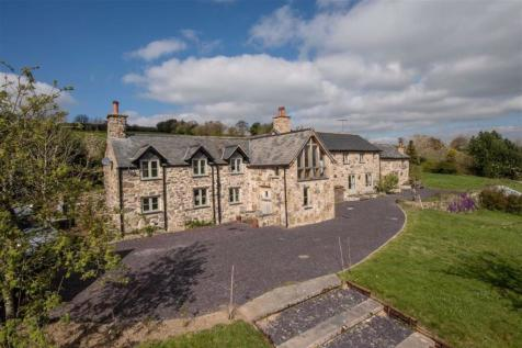 Cyffylliog, Ruthin. 4 bedroom detached house for sale