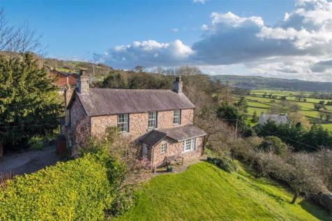 Graigfechan, Ruthin. 4 bedroom detached house for sale