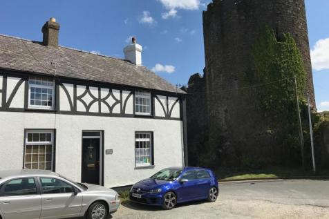 Hilltop Cottage, 1 Mount Pleasant, Conwy. 2 bedroom end of terrace house