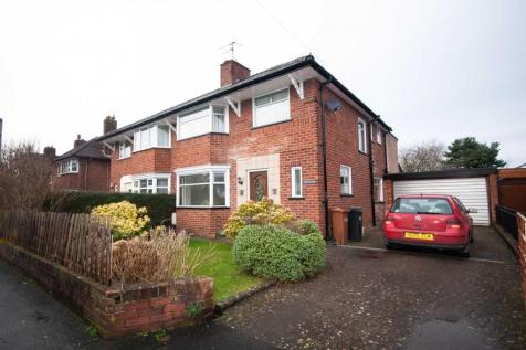 Bryn Ffynnon, Bryn Coch Lane, Mold. 4 bedroom semi-detached house