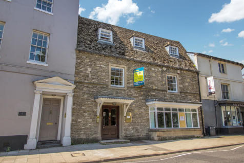 High Street, Old Town, Swindon. 1 bedroom apartment