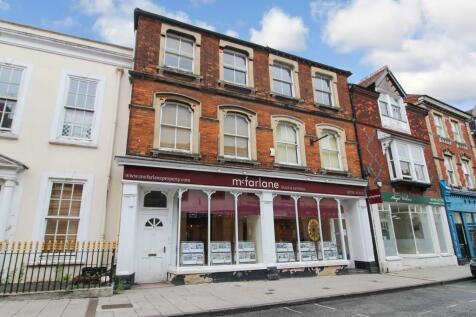 Wood Street, Old Town, Swindon. Studio flat