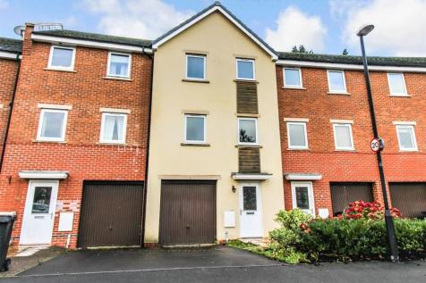 Celsus Grove, Old Town, Swindon. 4 bedroom terraced house