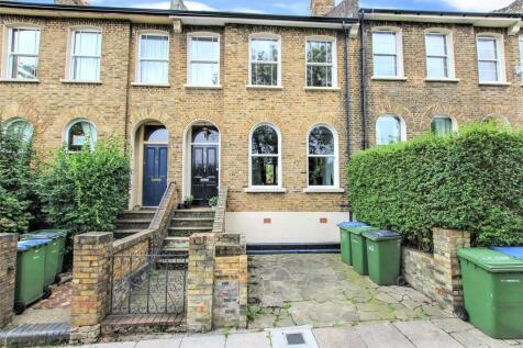 Herbert Road, Woolwich, London, SE18. 4 bedroom terraced house