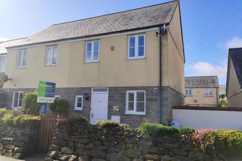 The Hurlings, St. Columb Major. 2 bedroom semi-detached house