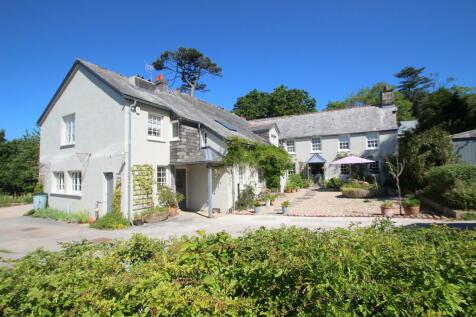 Fursdon House, Blunts Lane, Derriford, Plymouth, PL6 8BE. 5 bedroom detached house