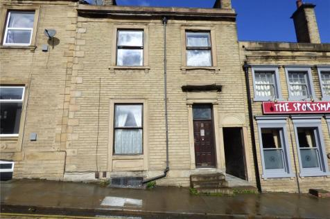Fitzwilliam Street, Huddersfield, West Yorkshire, HD1. 5 bedroom terraced house for sale