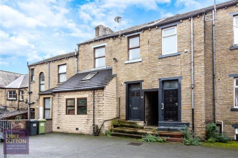 Fitzwilliam Street, Huddersfield, HD1. 4 bedroom terraced house for sale