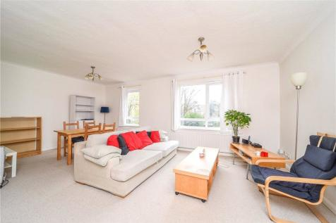 Addley Court, 435 Chiswick High Road, London, W4. 2 bedroom apartment