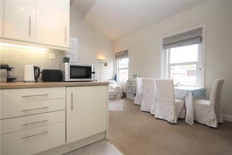 Arlington Gardens, Chiswick, W4. 1 bedroom apartment