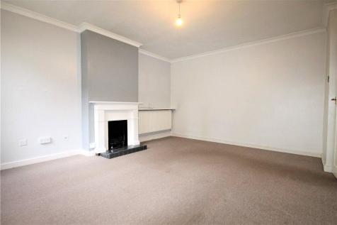 Windrush Close, Bolton Road, London, W4. 2 bedroom ground floor flat