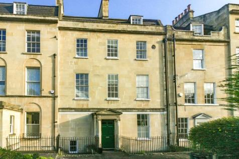 Percy Place, Bath. 3 bedroom apartment