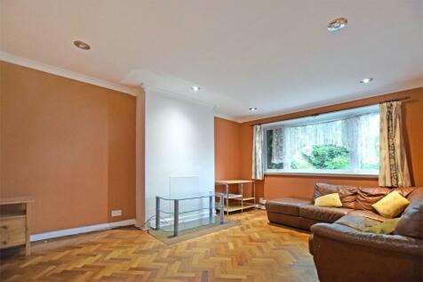 Sudbury Court Road, Harrow. 2 bedroom maisonette