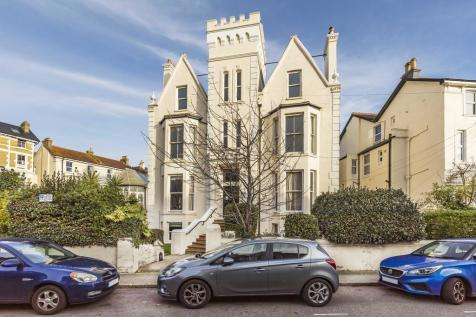 Lennox Road South, Southsea. 3 bedroom apartment for sale