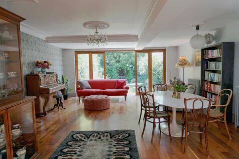 Bramston Road, Kensal Green. 5 bedroom terraced house