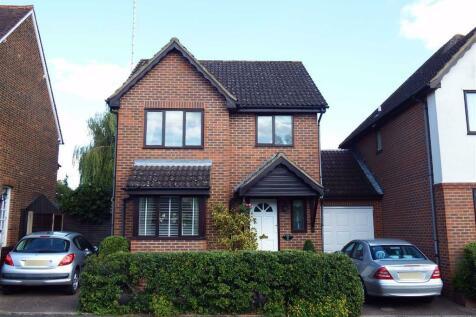 Letchmore Road, Stevenage, Hertfordshire, SG1. 3 bedroom detached house