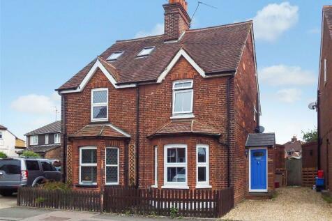 Letchmore Road, Stevenage, Hertfordshire, SG1. 3 bedroom semi-detached house