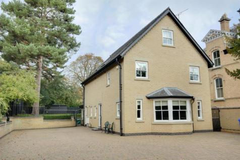Southfield, Hessle. 5 bedroom detached house for sale