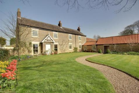 Main Street, Hotham. 5 bedroom detached house for sale