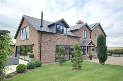 Riplingham Road, Raywell. 4 bedroom detached house for sale