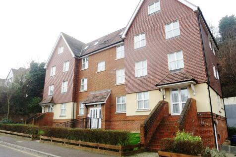 Sandcroft Court,76, Garlands Road, Redhill, Surrey, RH1. 2 bedroom apartment