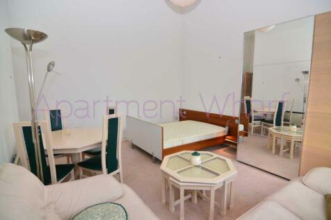 St Davids Square  (Canary Wharf), London, E14. 1 bedroom flat share