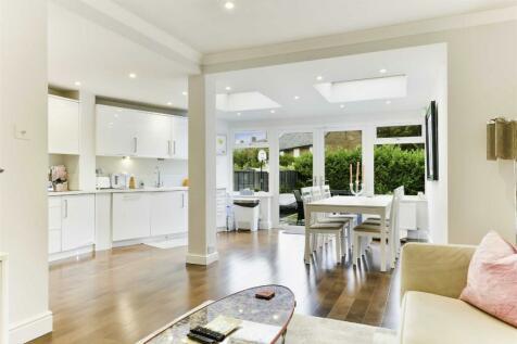 Salisbury Road, Banstead. 3 bedroom semi-detached house for sale