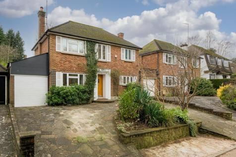 Holly Lane West, Banstead. 3 bedroom property for sale