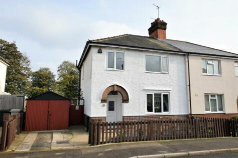 Parkfield Road, Oakham. 3 bedroom semi-detached house
