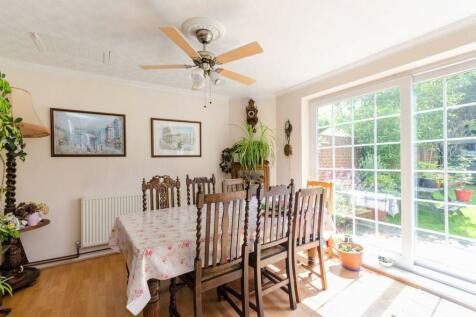Kingston Road, New Malden, KT3. 9 bedroom detached house for sale