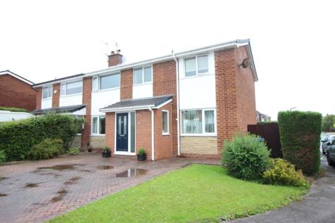 Fernview Drive, Holcombe Brook, Bury, BL0. 4 bedroom semi-detached house for sale