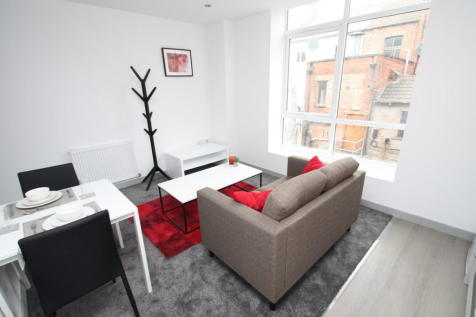 Ferens Court, 16 - 22 Anlaby Road. Studio flat