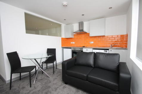308 Ferens Court, 16 - 22 Anlaby Road. 1 bedroom apartment
