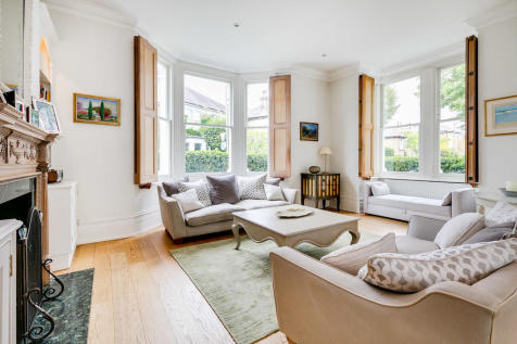 St. James's Drive, London SW17. 6 bedroom end of terrace house for sale