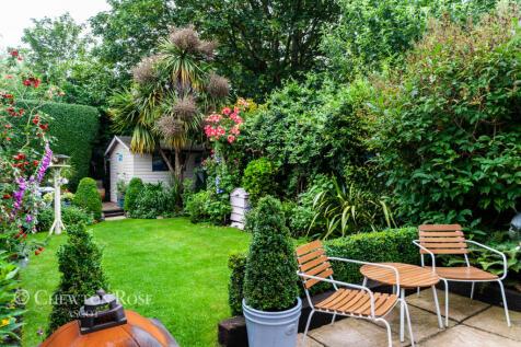 Spring Gardens, Ascot. 3 bedroom semi-detached house