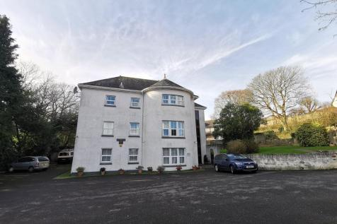 Highfield Close, PLYMOUTH. 1 bedroom flat