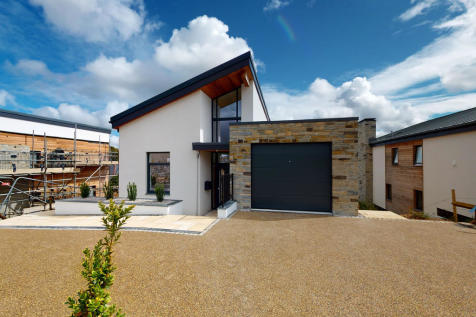 FIVE, Kenwyn, Truro. 4 bedroom detached house
