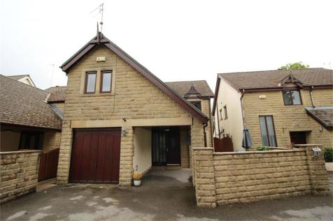Bowling Green, Edenfield, Ramsbottom, Bury, Lancashire. 4 bedroom detached house for sale