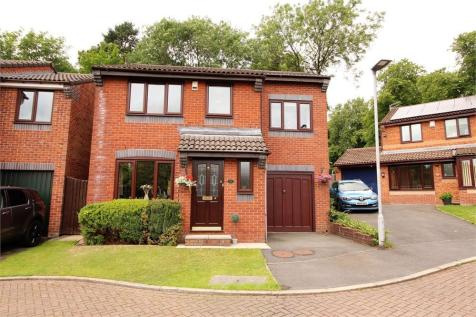 Ripon Hall Avenue, Ramsbottom, Bury, Lancashire. 4 bedroom detached house for sale