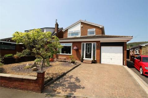 Sunnymede Vale, Holcombe Brook, Bury, Lancashire. 3 bedroom detached house for sale