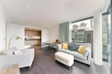 Catalina House, Canter Way, Aldgate, London, E1. 3 bedroom flat