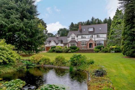 Lower Gambolds Lane, Finstall, Bromsgrove, Worcestershire. 7 bedroom country house