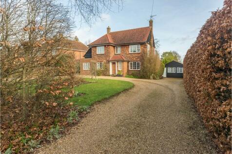 Stevenage Road, Knebworth, SG3. 6 bedroom detached house