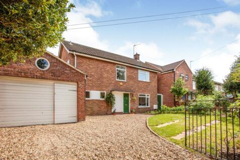 Hinton Way, Cambridge, CB22. 4 bedroom detached house