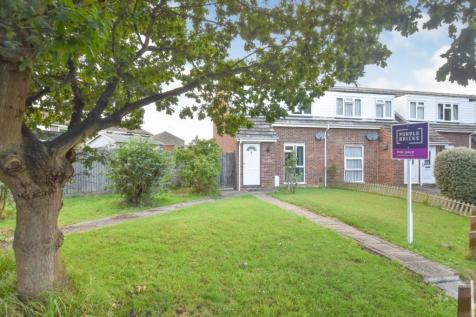 Lily Close, Chelmsford, CM1. 3 bedroom end of terrace house for sale
