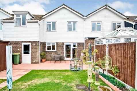 Seaview Drive, Great Wakering, SS3. 4 bedroom link detached house for sale