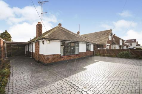 Marcus Avenue, Southend on Sea, SS1. 3 bedroom detached bungalow for sale