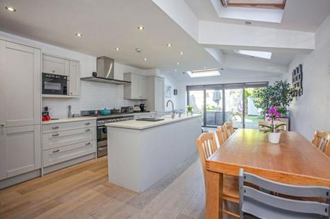 Wiseton Road, Wandsworth / Wandworth Common, SW17. 4 bedroom terraced house for sale