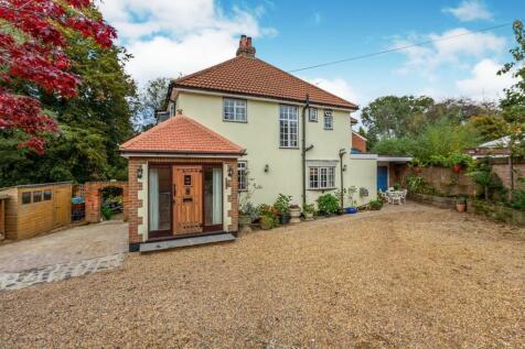 Ellingham Road, Hemel Hempstead, HP2. 5 bedroom detached house